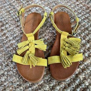 Yellow Suede Sundance Sandals Sz 9
